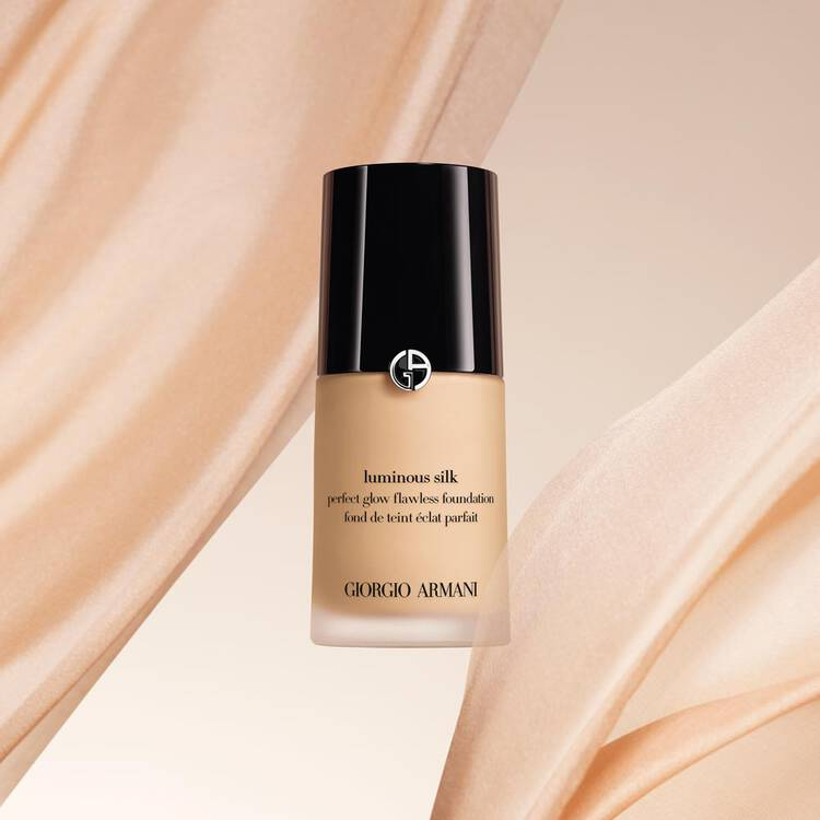 Luminous Silk Oil Free Foundation Armani Beauty